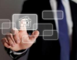 Como o gerenciamento remoto de clientes beneficia corretores?